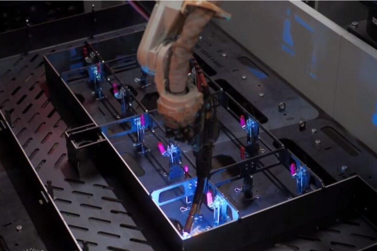 Robotic Welding image 1